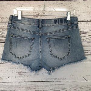 Victoria's Secret distressed jeans shorts size 6